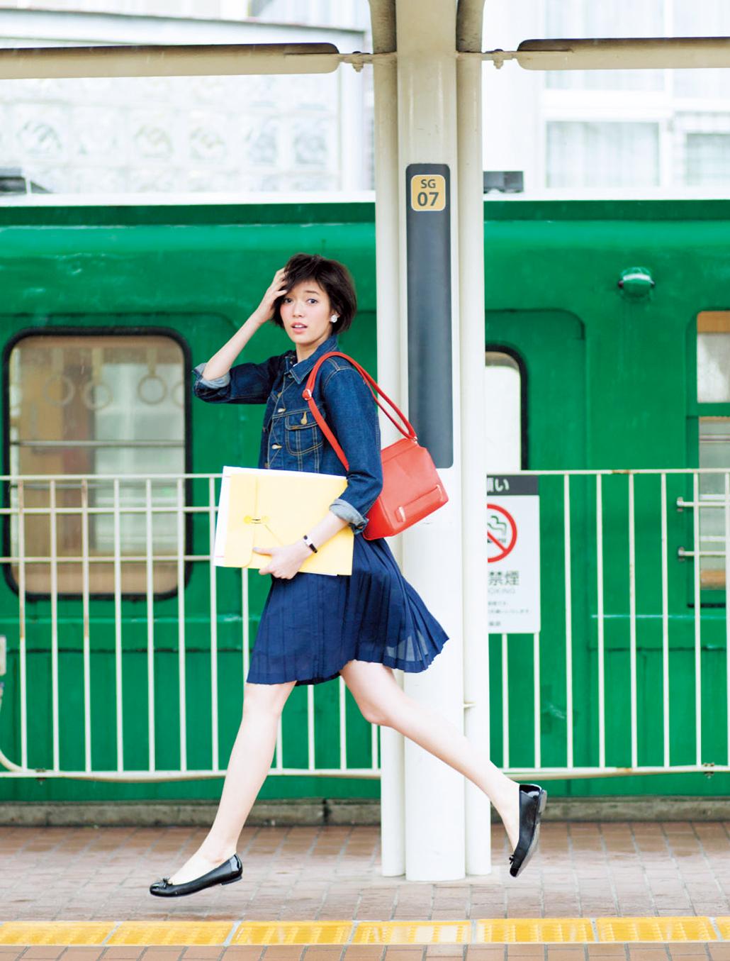 【今日のコーデ】プリーツスカート&バレエフラットで外回りコーデの女っぷりを上げる♡_1