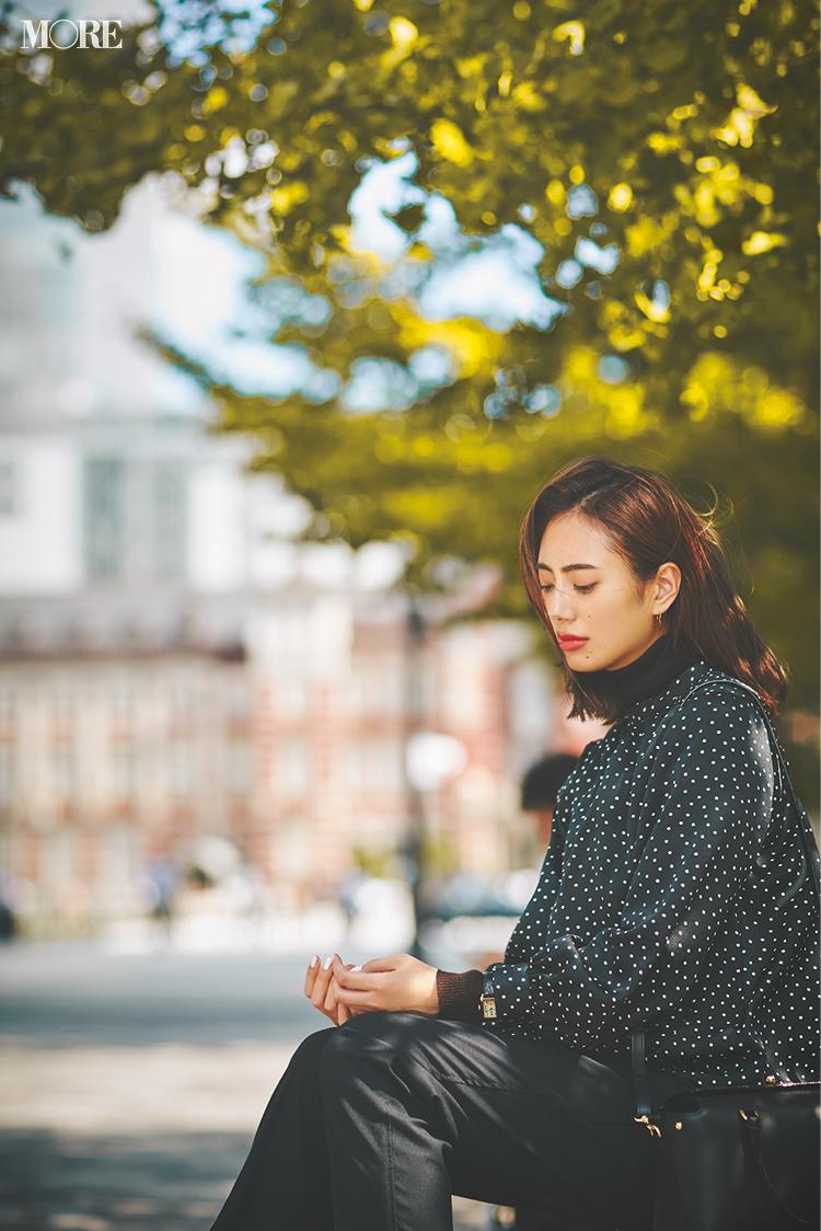 「働く女子、へこむ日だってあります……」土屋巴瑞季&鈴木友菜 着回し連載『グレーとネイビーなふたり』5日目_2