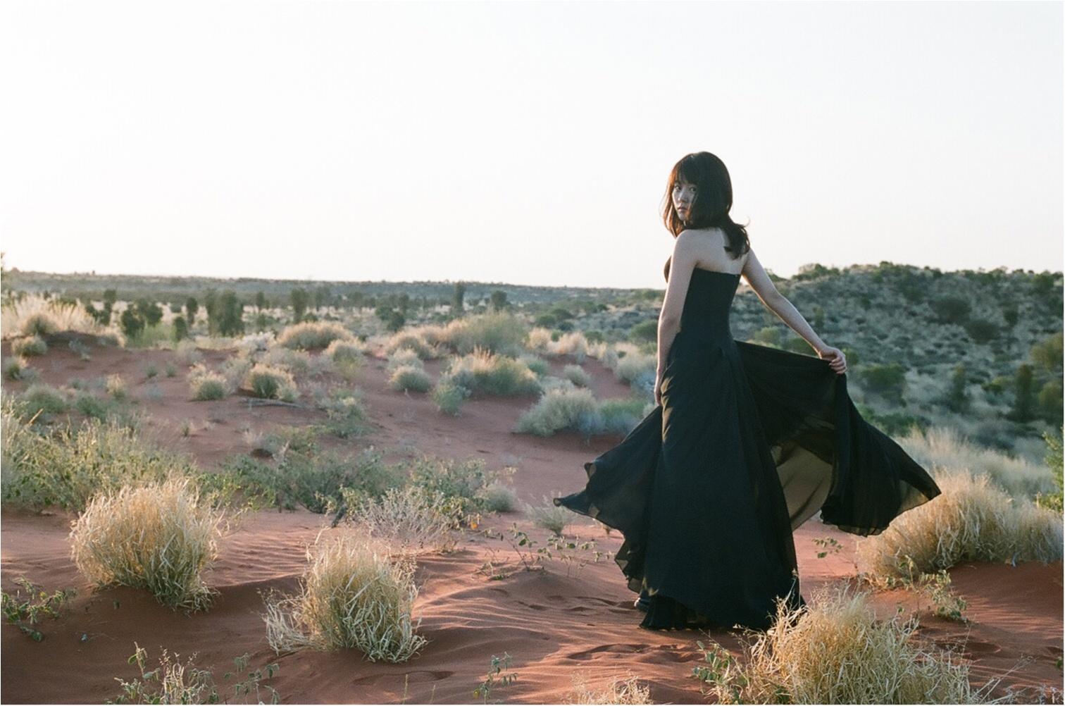 今日が25歳のバースディ! 女優・有村架純さんがセルフプロデュースの写真集を発売します!【5/9(水)発売予定】_2_1