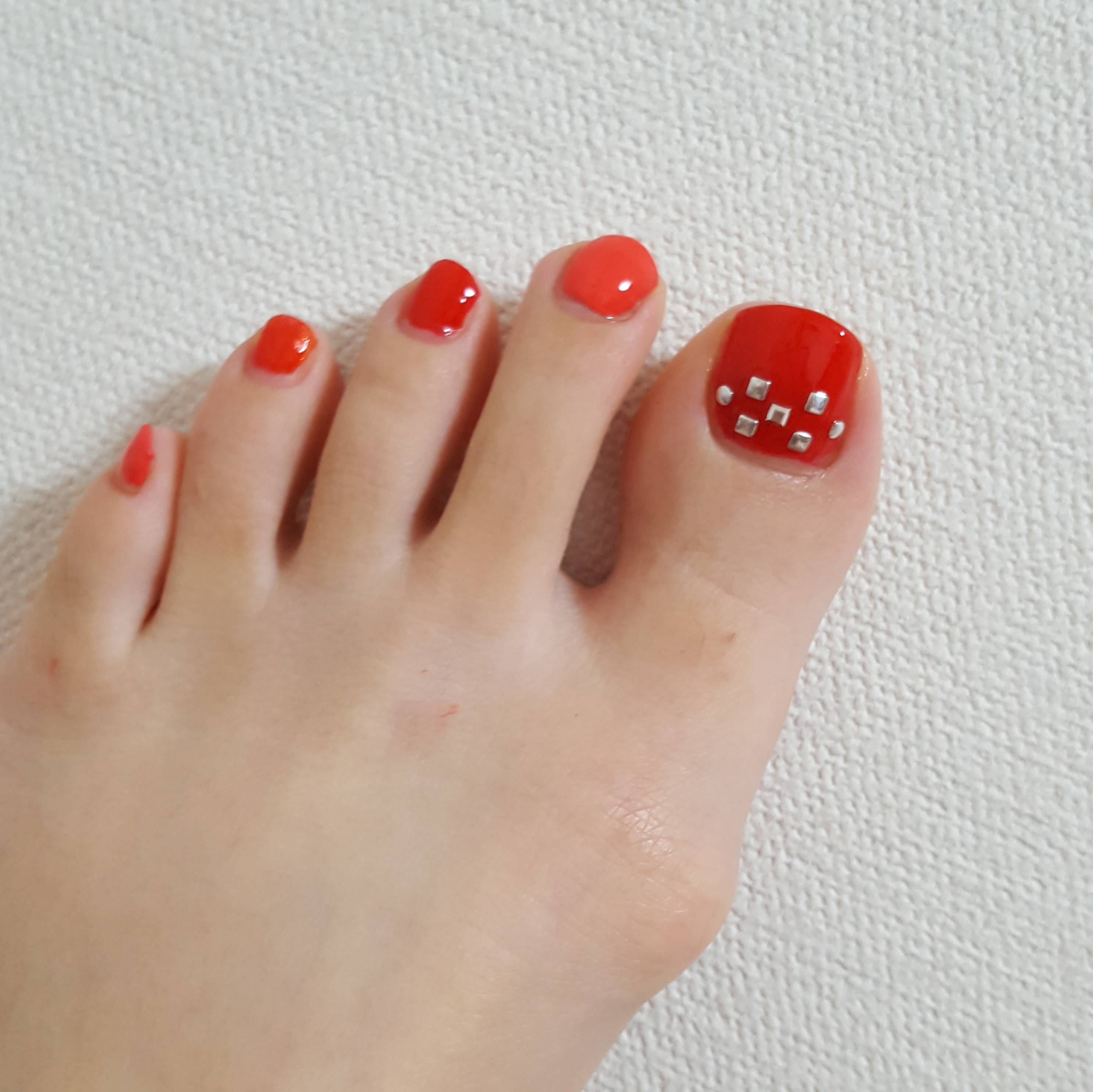 """足元が綺麗に見えるカラーはやっぱり""""RED"""" ~休日ネイル~_3"""