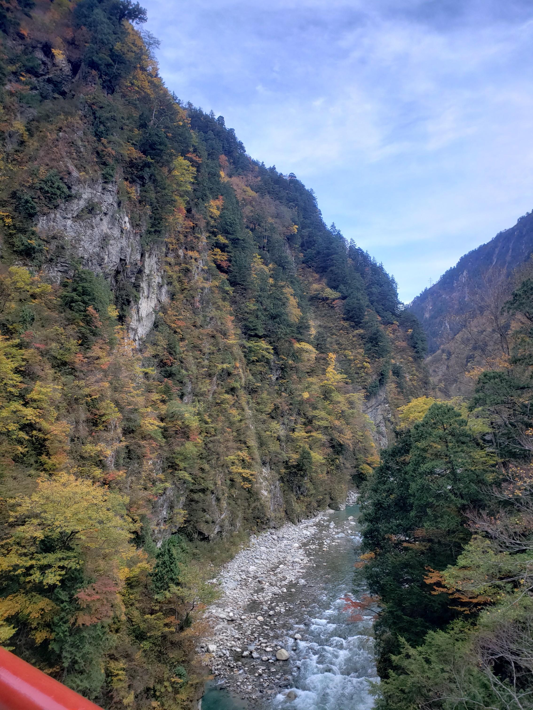 《まぐPRESENTS☆》秋こそ行こう!【北陸・富山】で紅葉&グルメ&温泉の旅_4