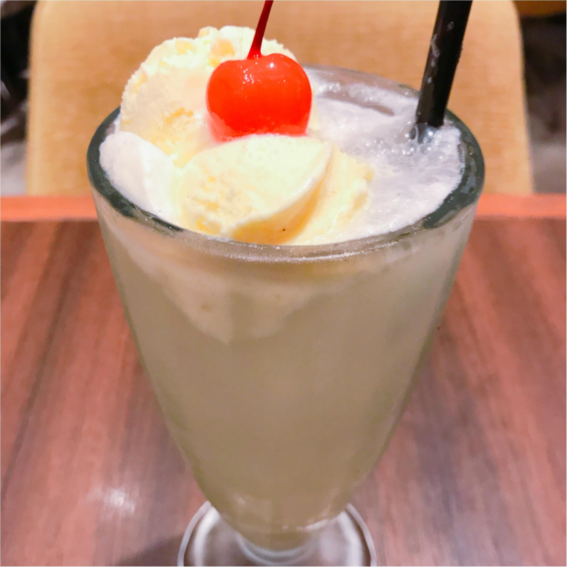 ★寒くなってもやっぱり飲みたい!ソーダとアイスの素敵な組み合わせ、『クリームソーダ』★_2