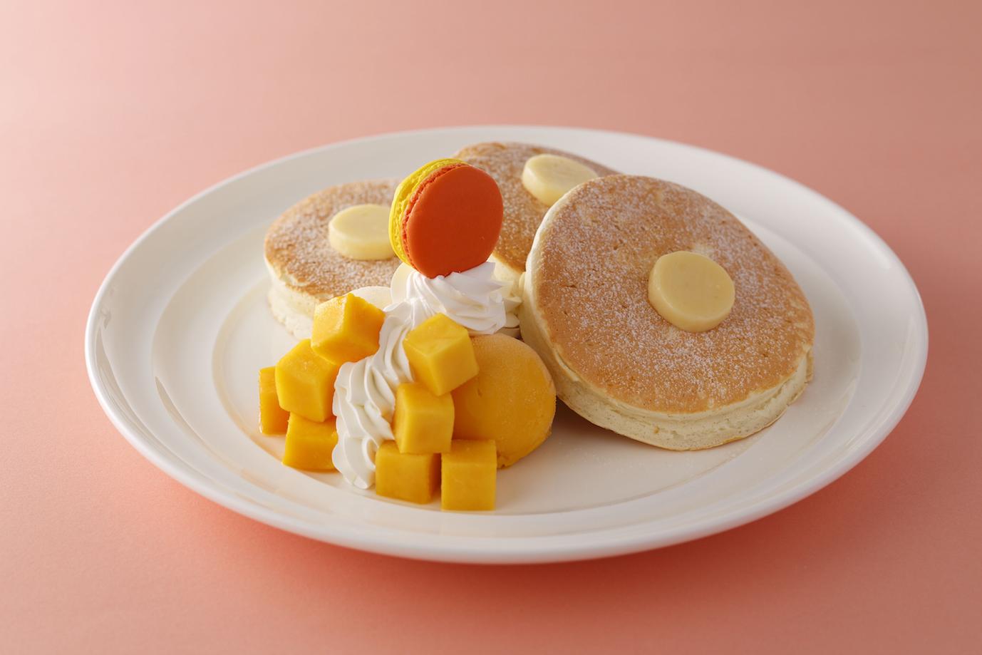 『ホテルニューオータニ』のふわふわパンケーキ、7月はマンゴー♡_1