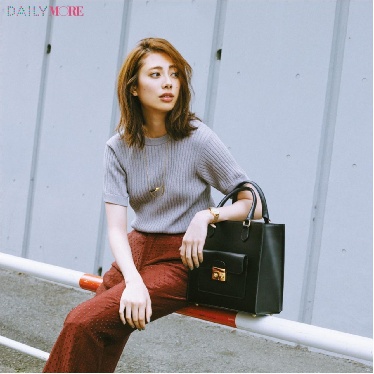 『GU』の細見えスカートが新たなヒット伝説の予感! バッグ、スニーカー人気も継続中! 今週のファッション人気ランキングトップ3☆_1_2