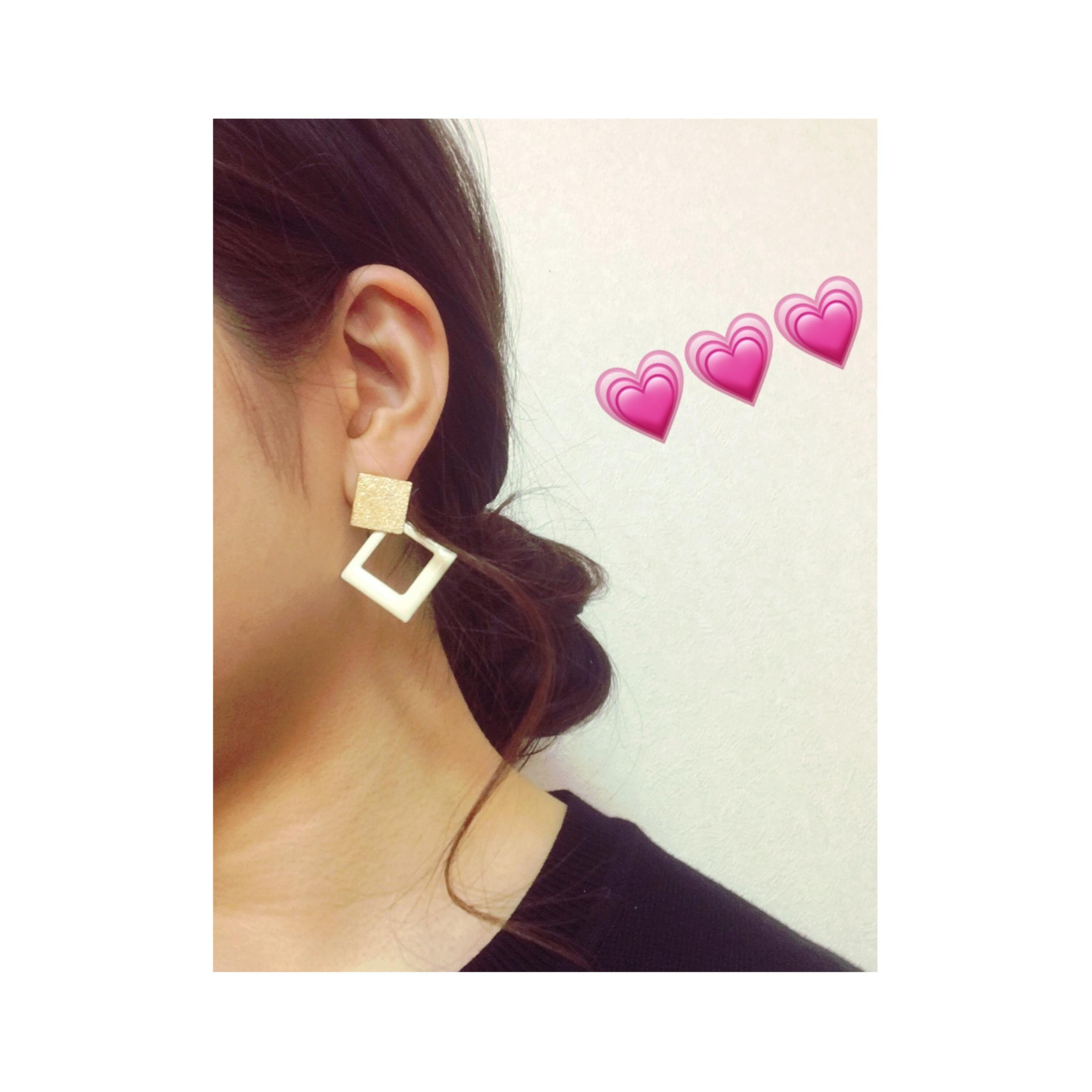 【3COINS】シンプル服にはゴールドの小物が使いやすい件♡ #スリコ女子 #ootd_2