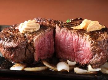 腹筋女子もやってる!? 『いきなり!ステーキ』で、お肉をお腹いっぱい食べて痩せる「ステーキダイエット」★