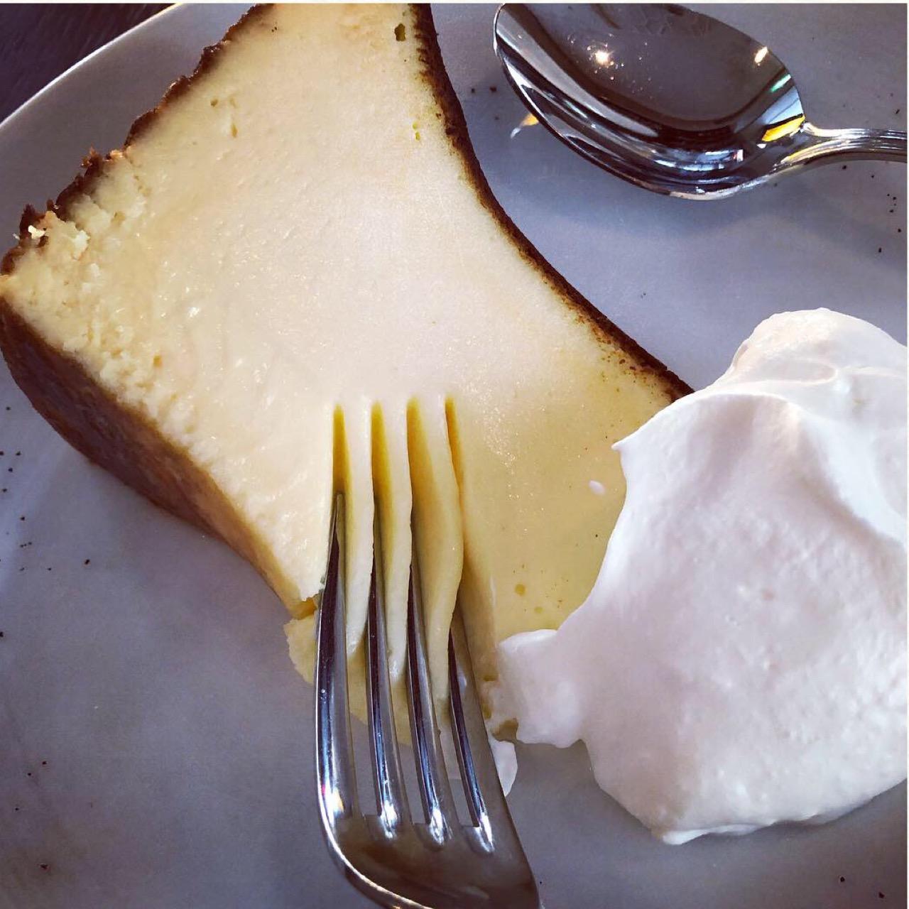 いまバズっているスイーツ!バスクチーズケーキを東京で食べるならココ♡_2
