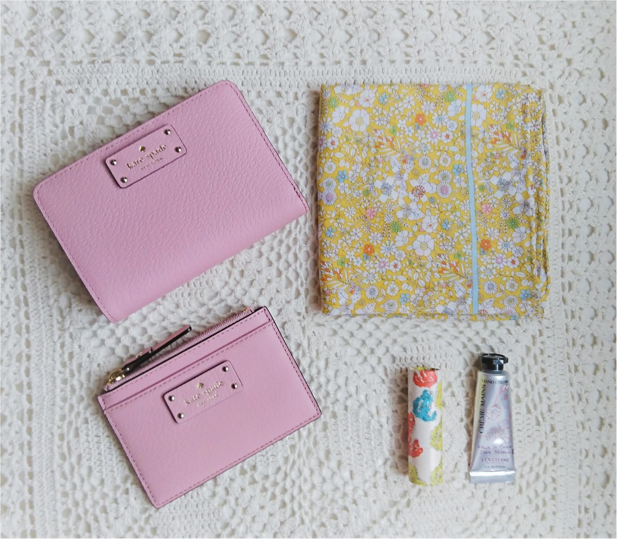 【kate spadeのスマート財布】小さいバッグの時の中身!_6
