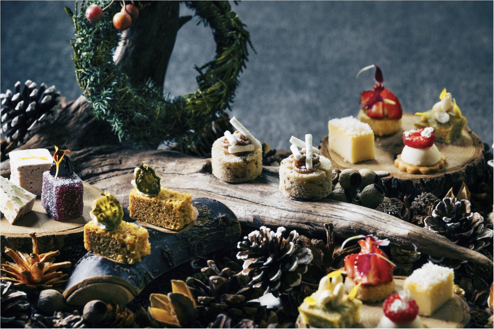 クリスマスは『星野リゾート 軽井沢ブレストンコート』でリッチなスイーツコースを食べてみない? 隣接の『軽井沢高原教会』ではキャンドルナイトも♡_1_4