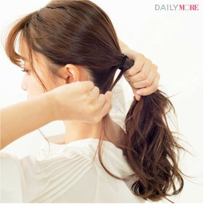 髪を結ぶ時、トップはどこまで引き出すのが正解か知ってる? ヘアアレンジテクニックが大人気☆ 今週のビューティ人気ランキングトップ3!_1_3