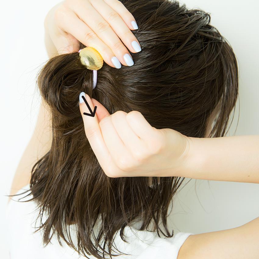 次くるヘアアレンジ5つのHOT TIPS♡『女っぽだんごは後れ毛で彩る♡』_5