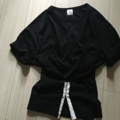 """きれい色がトレンドだからこそ欲しい。使える""""黒""""の服。"""