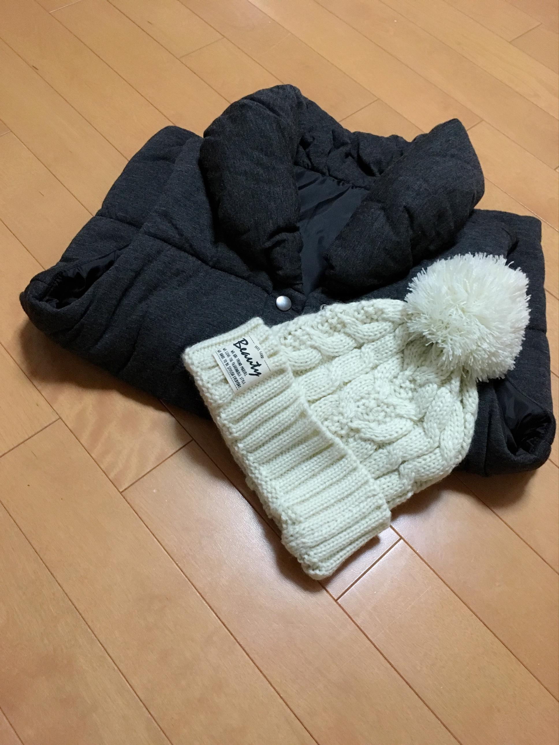 【3COINS】この冬使えるポンポン白ニット♡_2