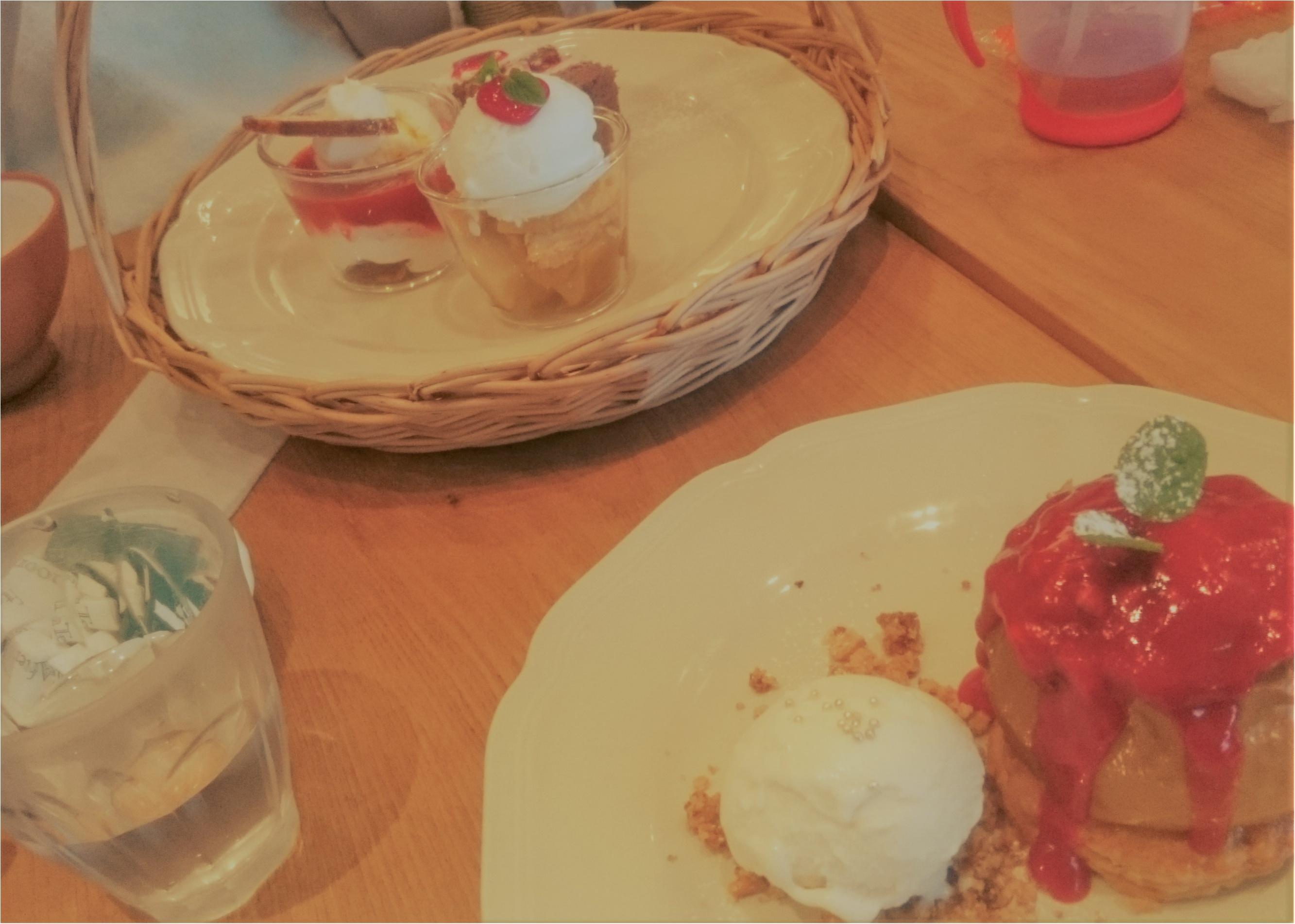 →【 絶対行きたい♡Afternoonteaカフェ!!】キャラメルたっぷりコンポートリンゴスイーツ♪♪_2