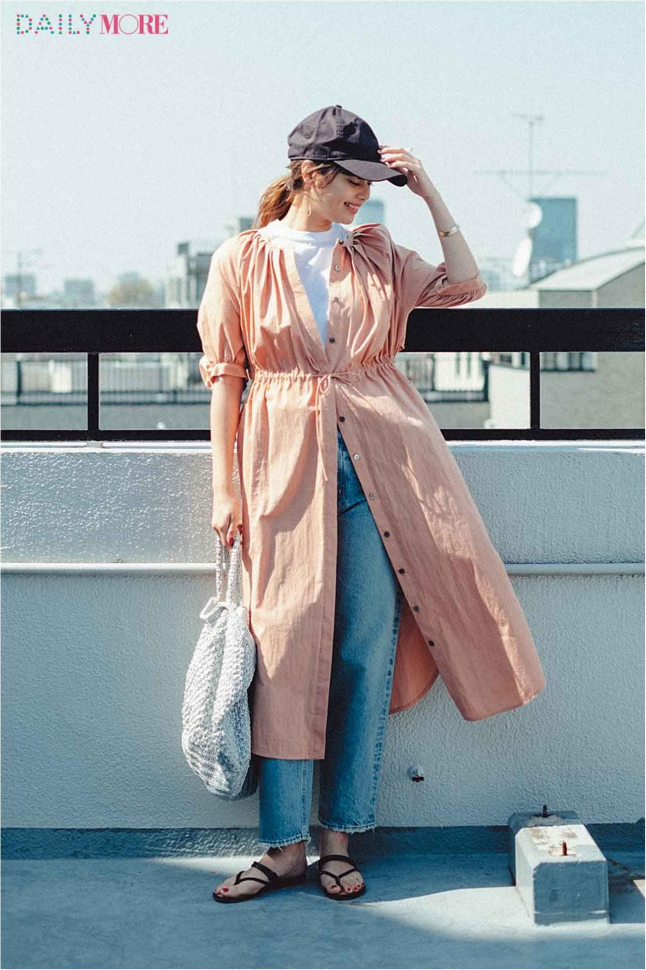 【今日のコーデ/岸本セシル】新しいフェミニンワンピを着たい日は、白T×デニムにレイヤードして。_1
