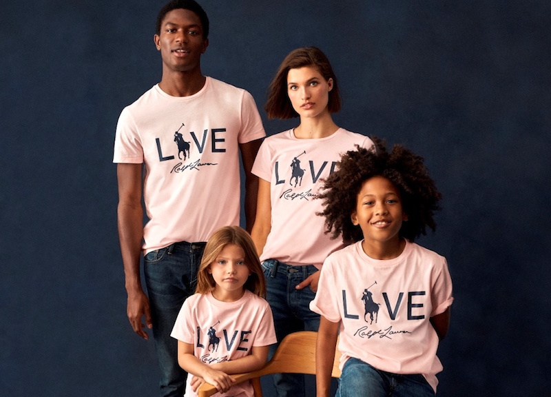 ピンクポニーコレクションのメインアイテムはピンク色のTシャツ