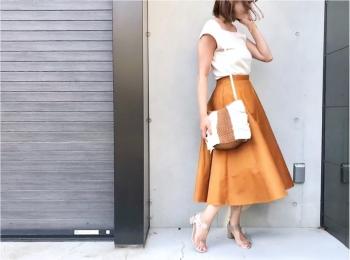 【UNIQLO(ユニクロ)】今日から¥1000オフなんて買うしかない!《サーキュラースカート》が美シルエットで素敵すぎる❤️