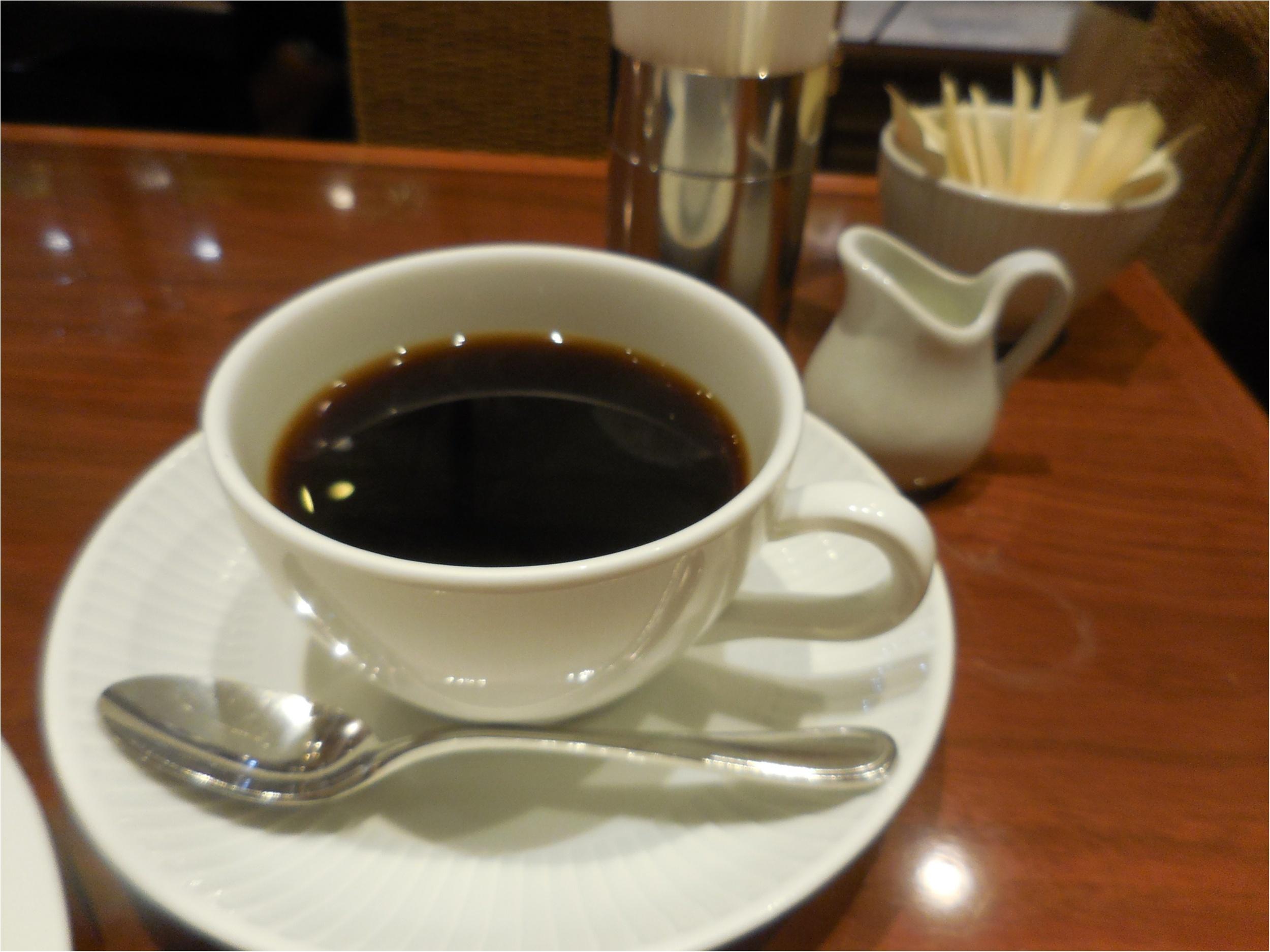 フレッシュフルーツケーキで有名な【ハーブス】はコーヒーがおかわりできる!_5