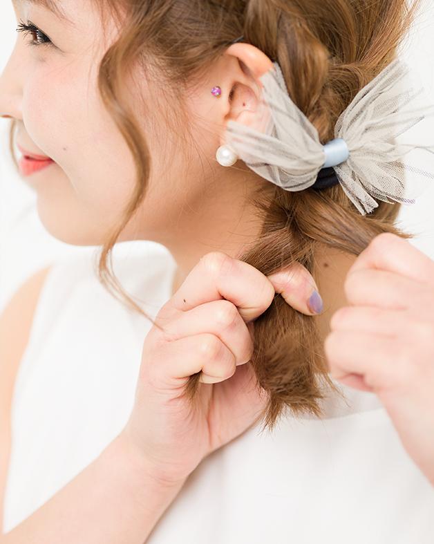 【美容師梅雨ヘアアレンジ】(3)ぺたんこヘアをレスキュー カール編み込みアレンジ_4