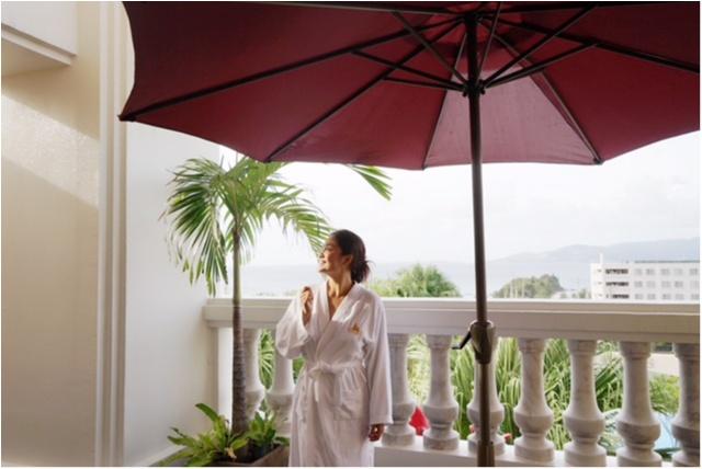 """沖縄で""""絶景の海""""を眺めながら、カップルでエステはいかが?_1"""