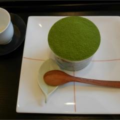 表参道にある「茶茶の間」は幅広い年代から愛される日本茶のカフェだった。