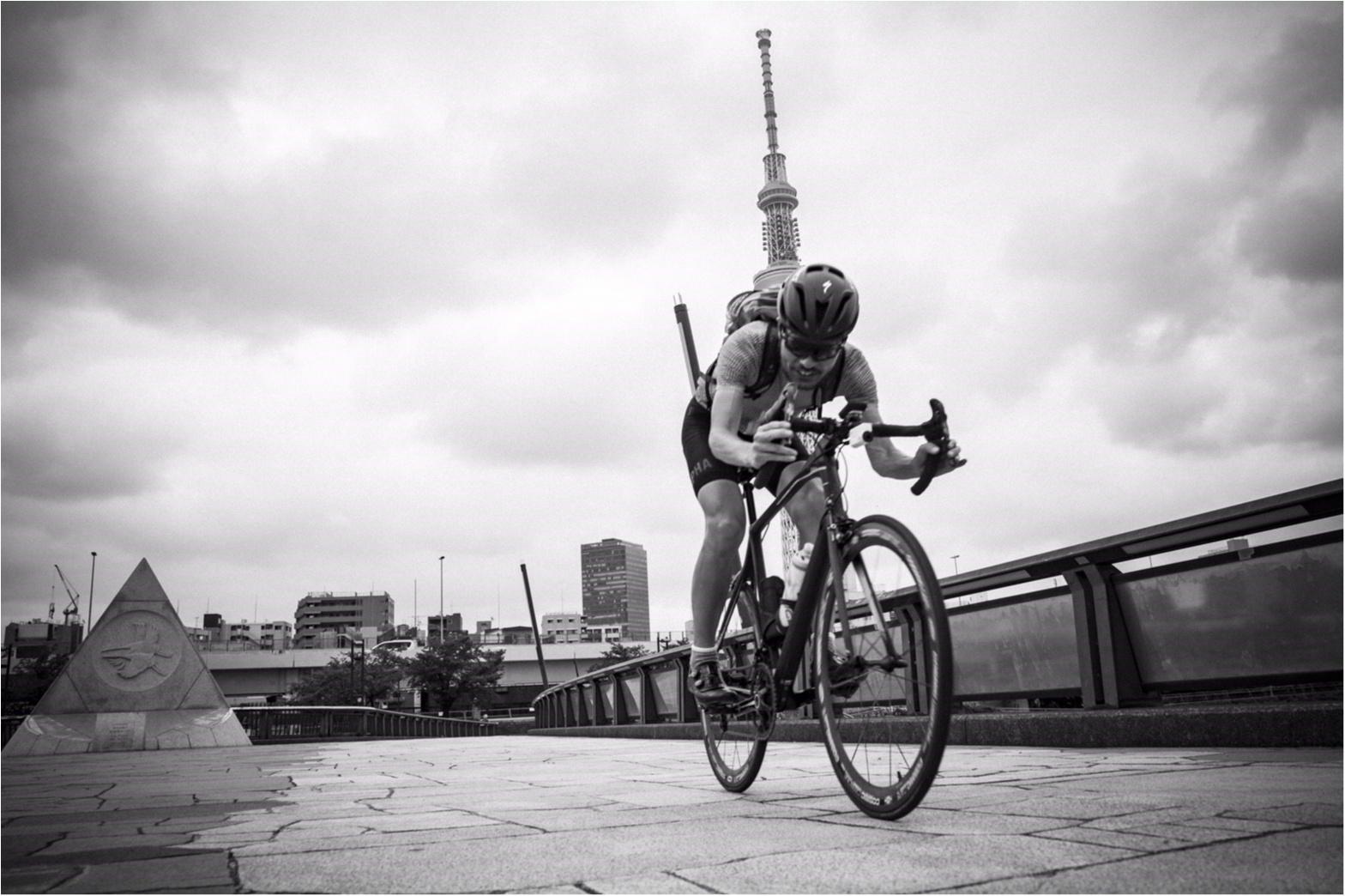 東京が小さく感じられる!ロードバイクならすいすい♪練習のお楽しみは築地で海鮮♥ #ツール・ド・東北【#モアチャレ あかね】_6