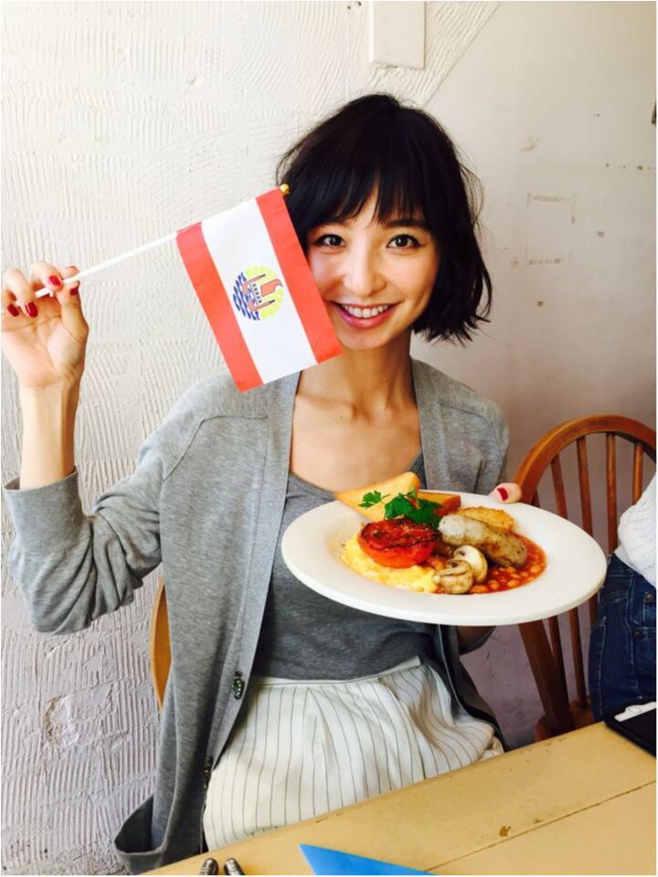 【オフショット】篠田麻里子の優雅な朝ごはん♪_1