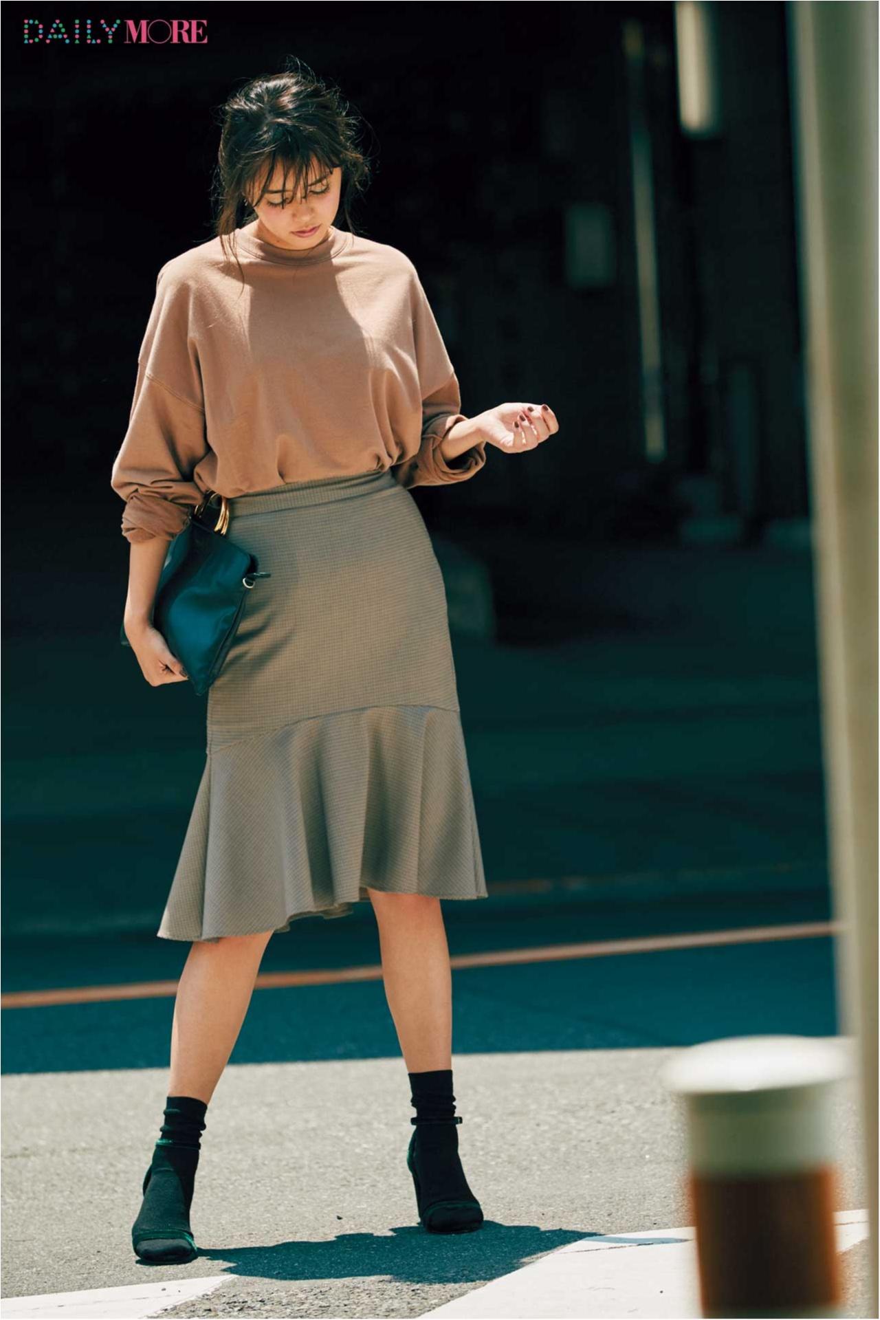 新たなヒット伝説が始まる。『GU』のスカート、めっちゃ細く見える説!_1_3