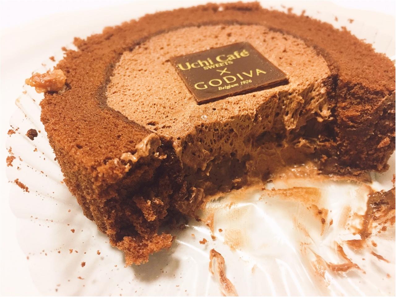 数量限定!ローソンとGODIVAコラボのショコラロールケーキは食べるしかない!!_3