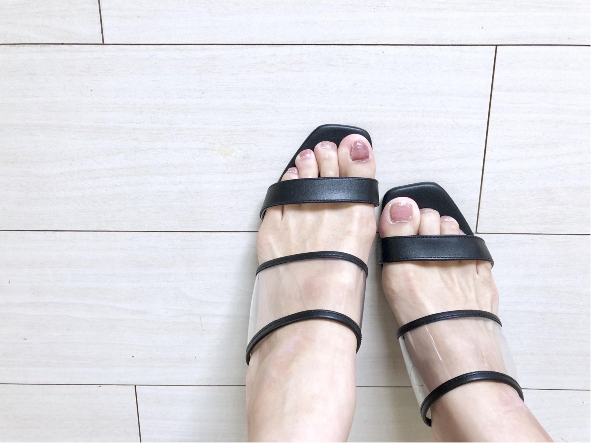 今年のトレンド《PVCサンダル》❤️私はプチプラ【GU】で万能な1足をゲットしました!_1