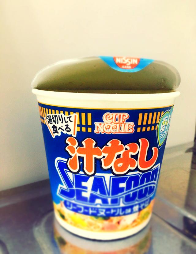 【トレンド隊】夏に食べたい汁なしカップ麺★あのカップヌードルから汁なしの新商品が!!_2