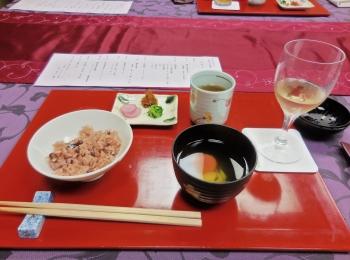 料亭の食事~テーブルコーディネートの参考になる~