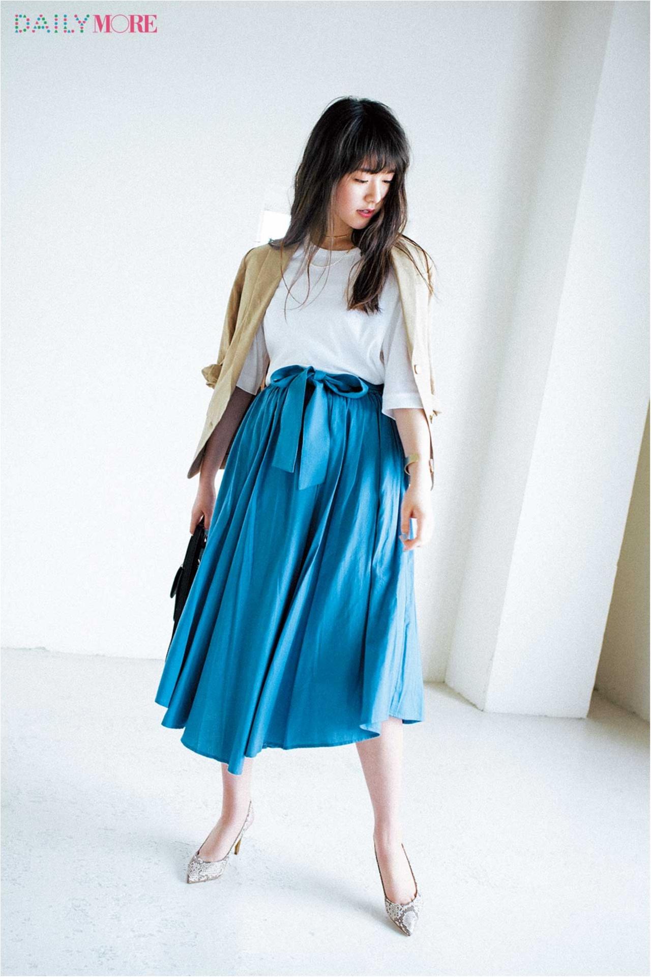 【今日のコーデ/唐田えりか】ちょっぴり特別感が欲しい日は、ドラマティックなフレアスカートで魅力アップ。_1
