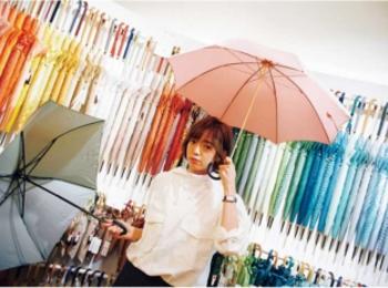 梅雨を楽しく♡ 話題の「自分だけの傘探し」にGO♪【佐藤栞里のちょっと行ってみ!?】