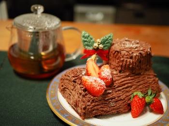 【#手作りクリスマスケーキ】簡単!ブッシュドノエルの作り方♡