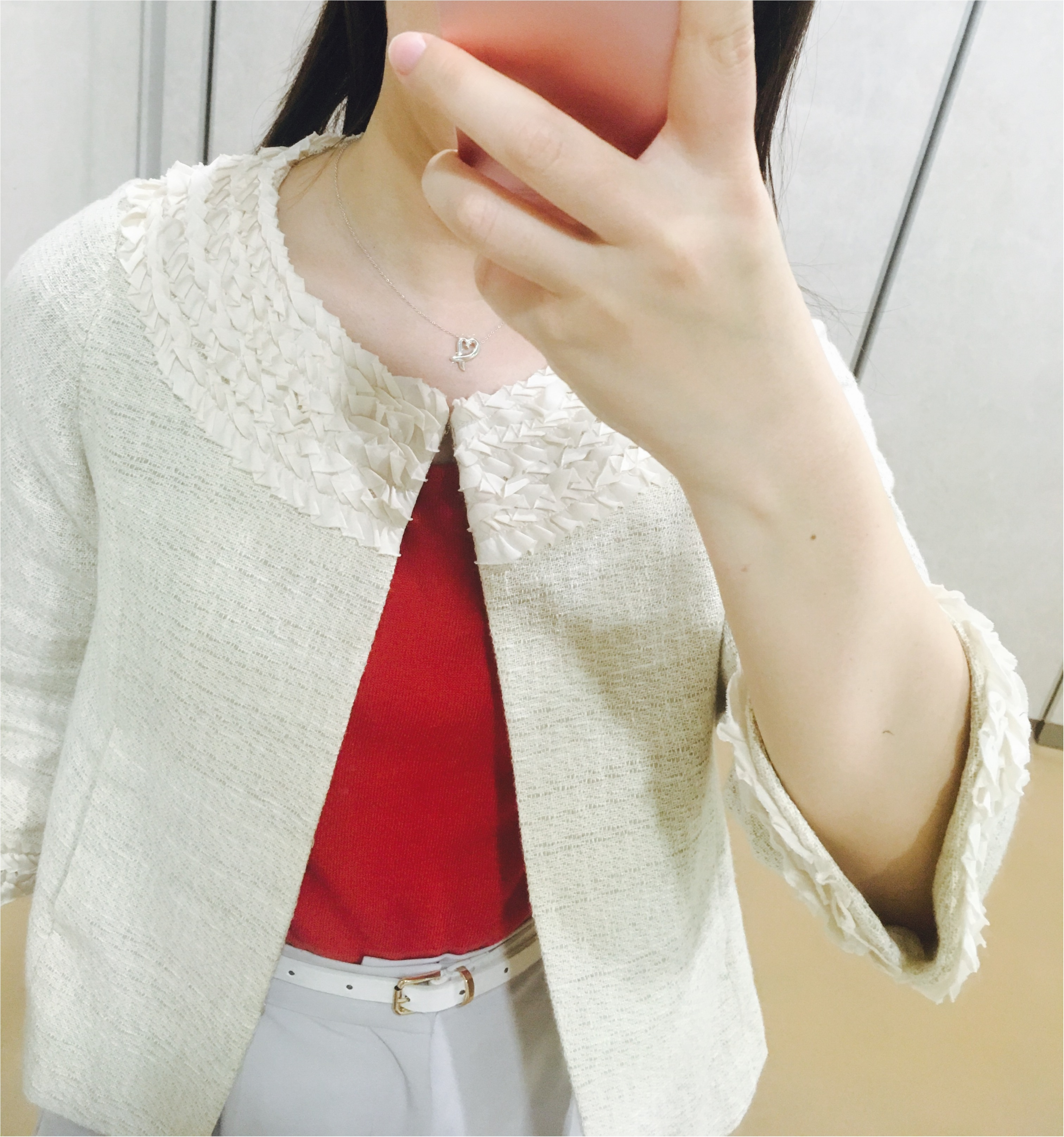 なりたい私に着替えよう【赤】を取り入れたオフィスコーデに挑戦!_5