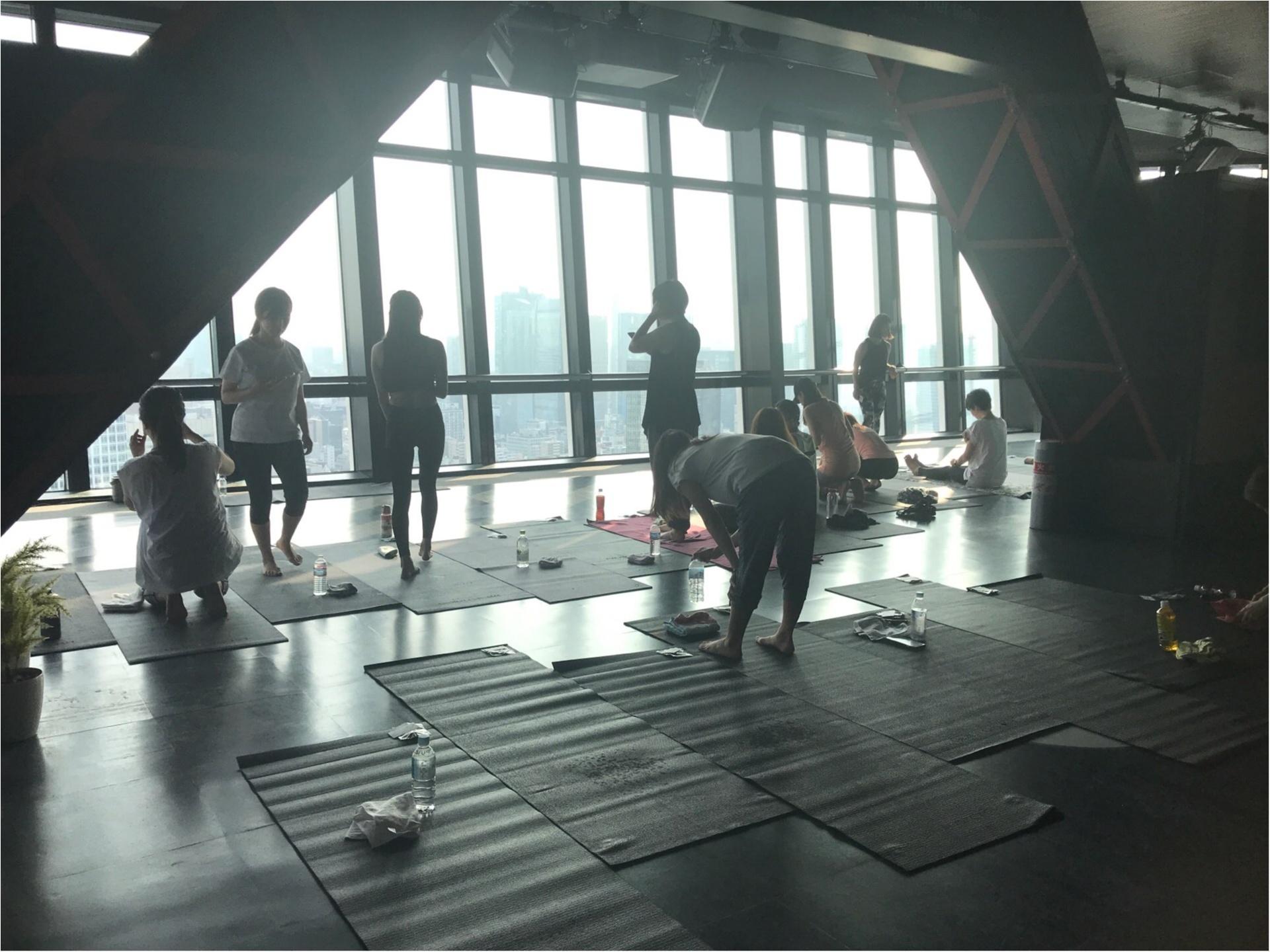 【朝活】にチャレンジ!東京タワーの展望台で「眺め最高」のヨガ体験してきました♡_1