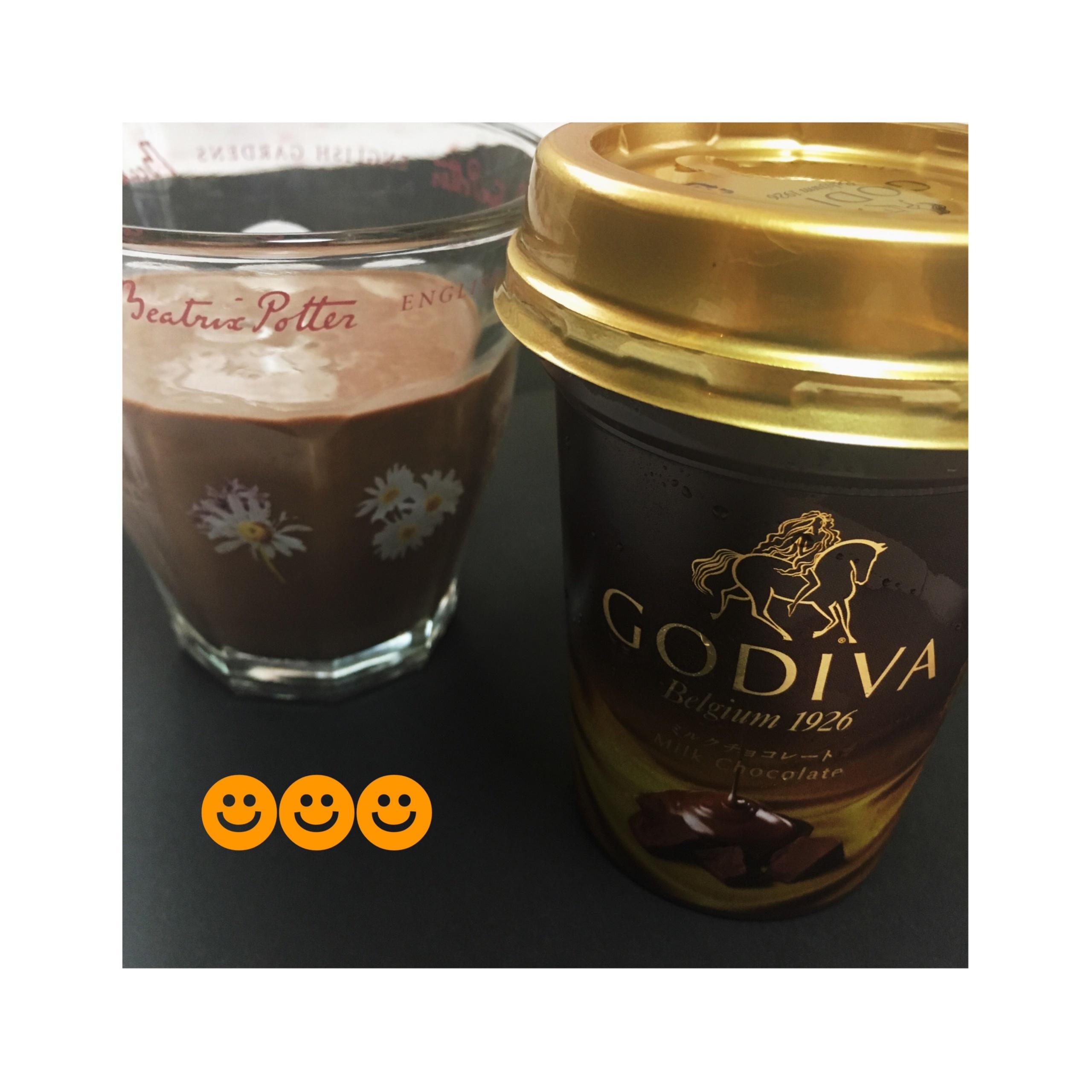 《本日9/12発売★》あの【GODIVA】がドリンクに⁈❤️至福のミルクチョコレート♡_5