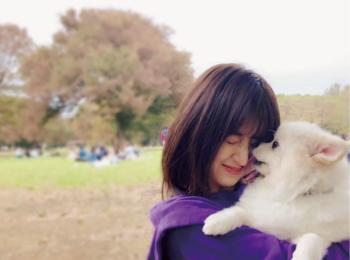 犬派注目♡逢沢りなのハッピーの源は、愛犬しんのすけ!!【モデルのオフショット:パワーをもらえるお守り的アイテム編】