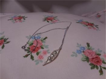 【ケユカ】純銀粘土で作るペンダントワークショップに参加してきました。その後、ネックレスチェーンを通し完成。