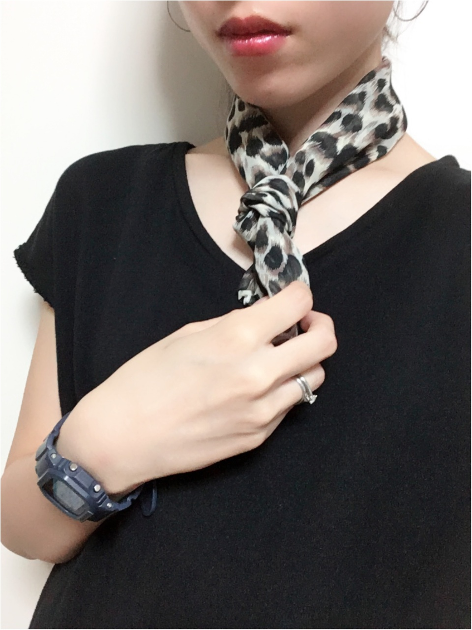 2018AWも取り入れたい【レオパード柄】小物アイテムとしてスカーフを♡_3