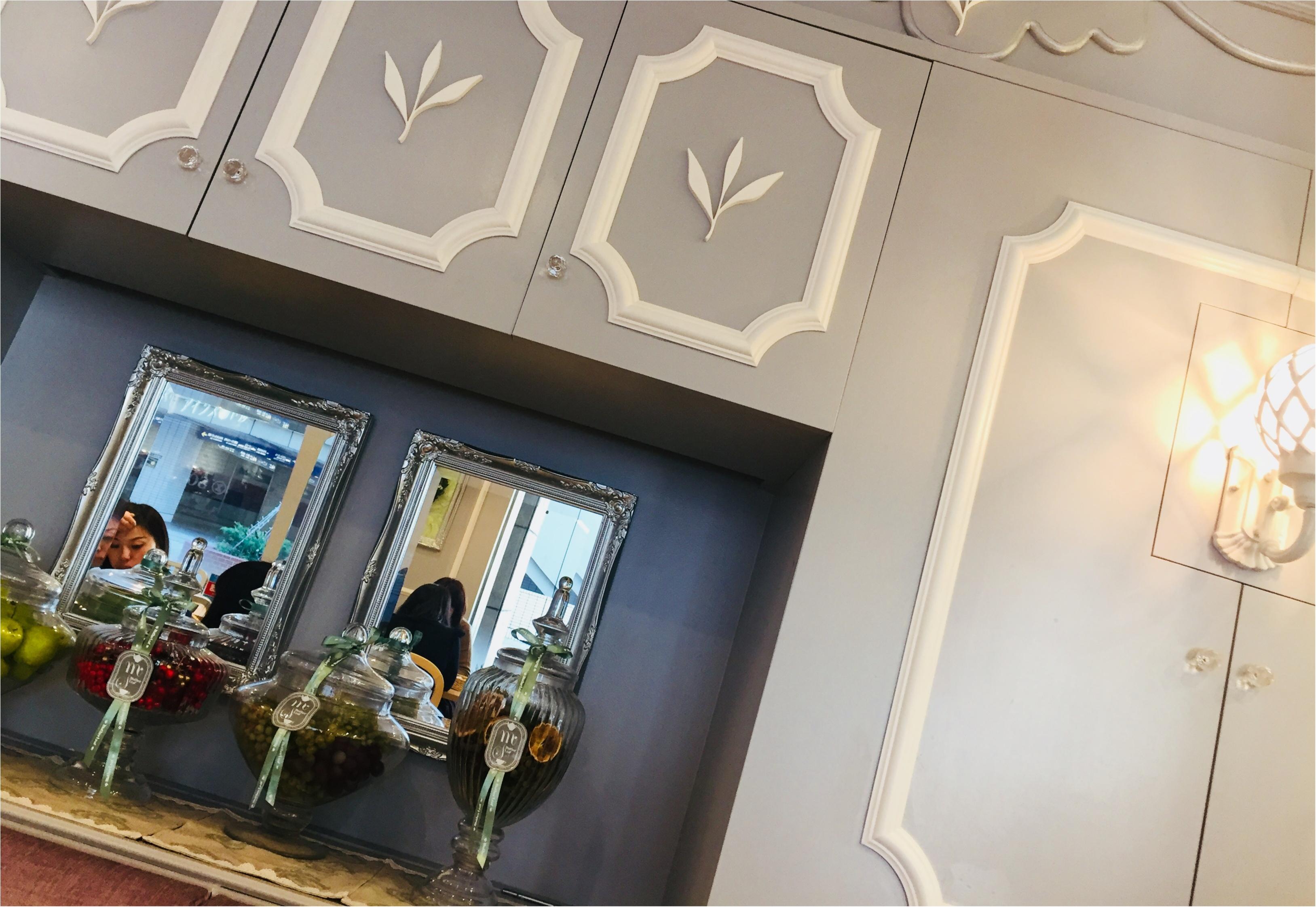《横浜駅近カフェ》可愛い店内と美味しいワッフルが食べられる一押しのお店です❤︎_1