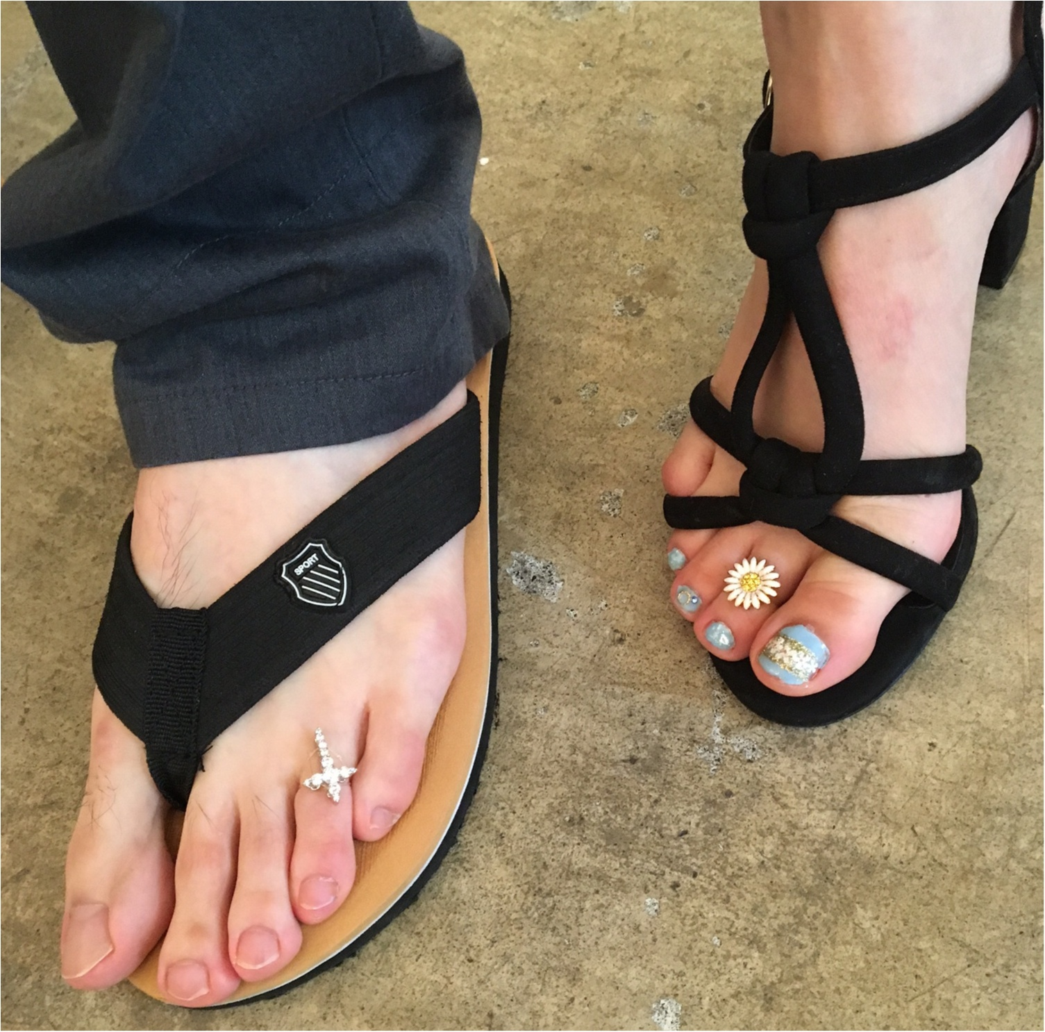 """夏の足もと、ペディキュアだけでいいの? 『Floats!』のトゥーリングであなたも""""トゥーラー""""になっちゃおう♡_4"""
