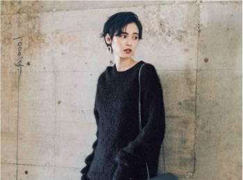 【今日のコーデ】モヘアニット×シフォンスカートの表情豊かなオールブラックコーデにきゅん♡
