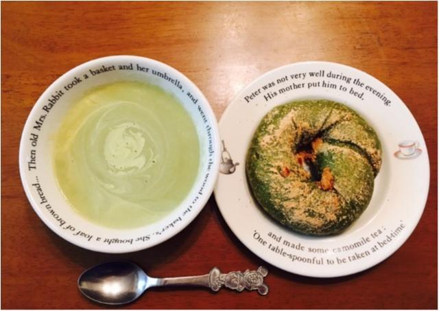 おやすみの日はゆっくり朝食を。大好きな抹茶きなこベーグルでさわやかグリーンな食卓_3