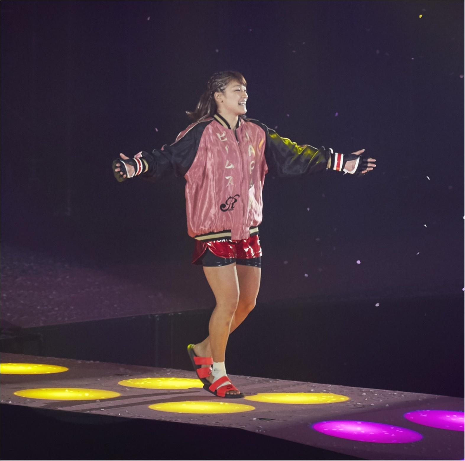 【内田理央のモアチャレ番外編】 今じわじわきてる『ジョシカク』って、知ってる!? だーりおの先生、RENA選手が出場した『RIZIN』生観戦レポート!_2_1