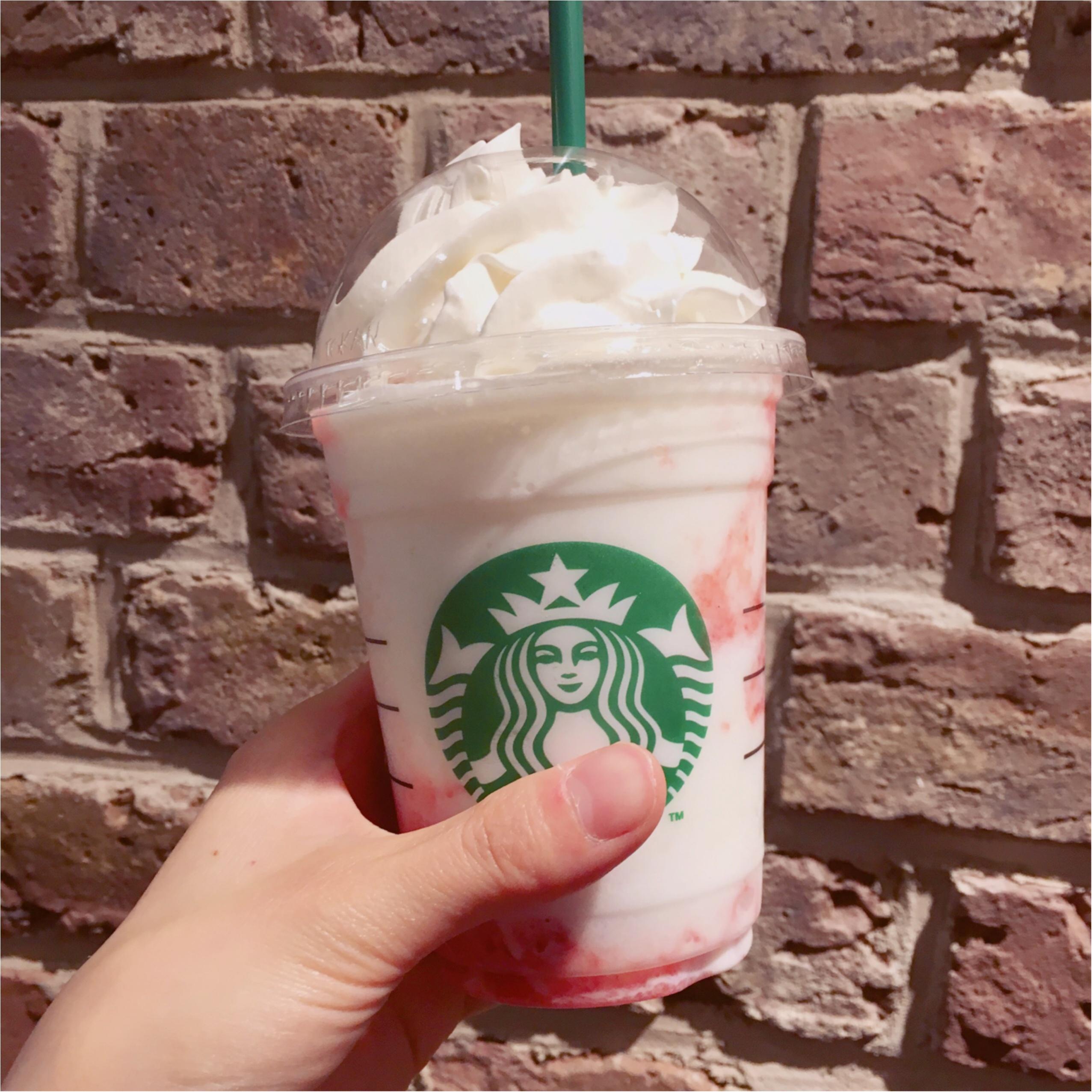 【スタバの新作】大人気の《 ストロベリークリームフラペチーノ 》いちごとミルクの織りなすハーモニー♡_4