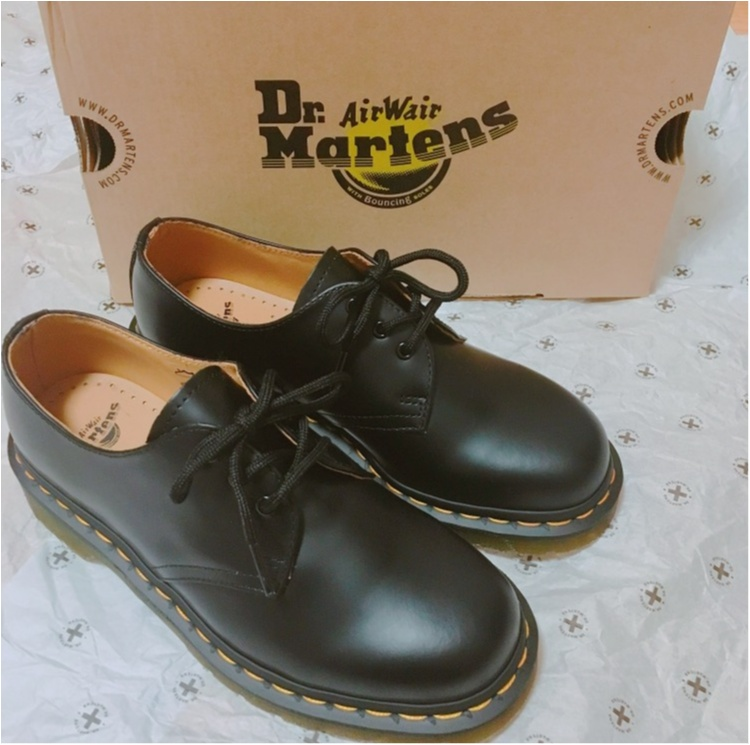 最後の記事はもちろん大好きな靴がテーマ♡《世界の靴好きがこよなく愛する老舗の1足》ドクターマーチンの純正3ホールをお買い上げ♡人気サンダルもご紹介します♡_2