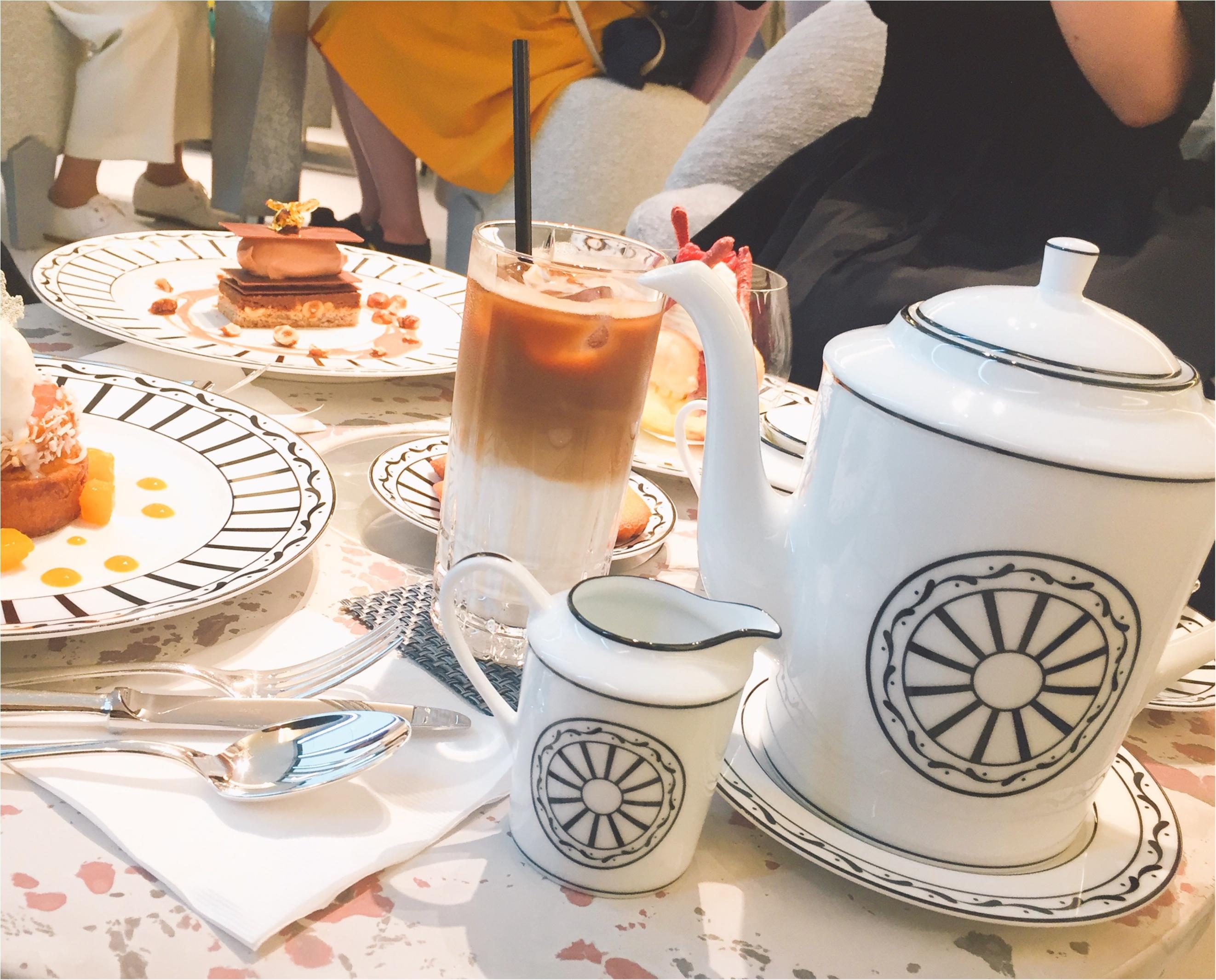 【GINZASIXの楽しみかた】日本初出店!ピエールエルメ監修のCafeDiorで優雅なティータイムを楽しむ!!_4