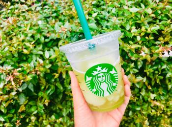 【スタバ新作】待ってた♡夏と言えばフローズンティー!今年は《香る煎茶 × グリーンアップル》❤︎